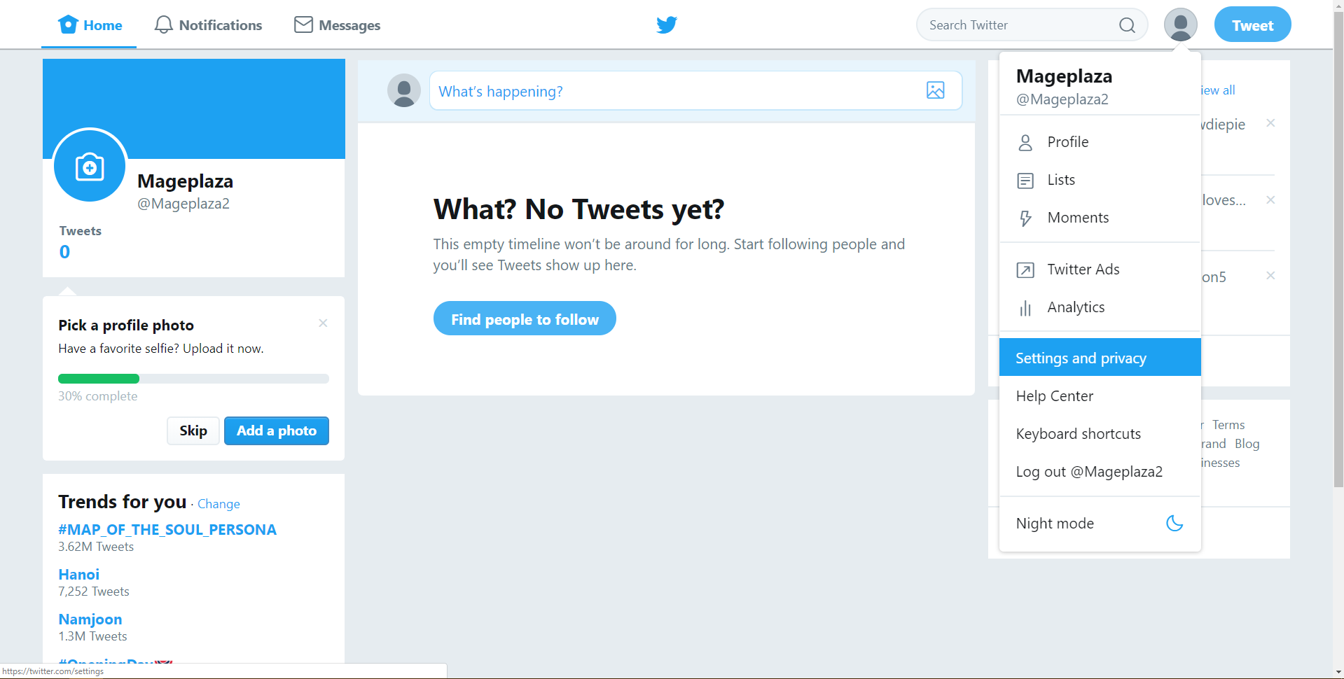Embed a Twitter feed in your online store